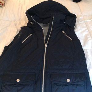 Water resistant flannel lined vest